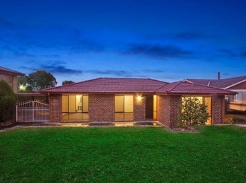 70 Hadleigh Circuit, Isabella Plains, ACT 2905