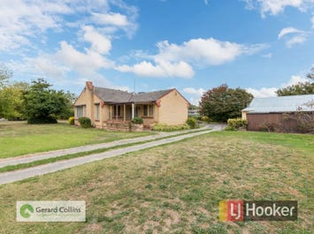 16-18 James Street, Pakenham, Vic 3810