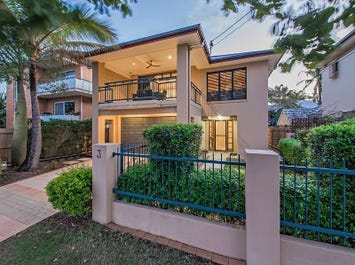 3 Robertson Avenue, Greenslopes, Qld 4120
