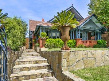 36 Eastern Beach Road, Geelong, Vic 3220