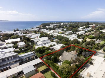 18-20 Cheshunt Street, Point Lonsdale, Vic 3225