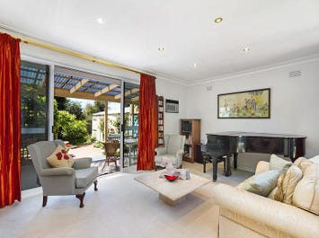 13 Highclere Avenue, Mount Waverley, Vic 3149