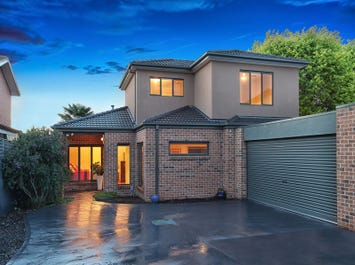 2/21 Golf Road, Oakleigh South, Vic 3167