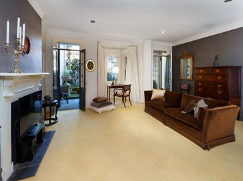 1/8 Rockwall Crescent, Potts Point, NSW 2011