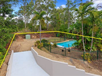 8 Quinty Street, Fig Tree Pocket, Qld 4069