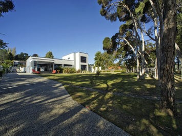 138 River Road, Ambleside, Tas 7310