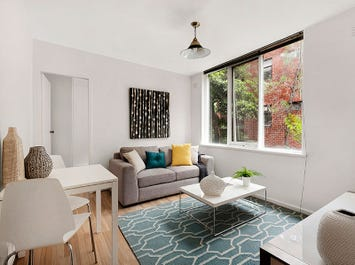 2/10 Tivoli Rd, South Yarra, Vic 3141