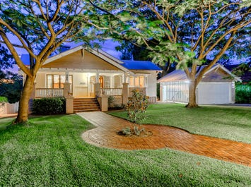 157 Laurel Avenue, Chelmer, Qld 4068