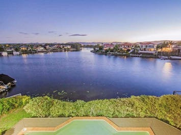23 Bollard Circuit, Clear Island Waters, Qld 4226