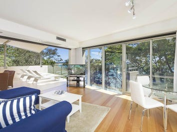 9/'Little Cove Crt' Pandanus Street, Noosa Heads, Qld 4567