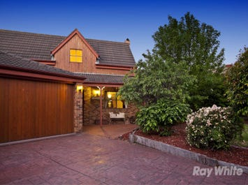 2 Pennell Court, Rowville, Vic 3178