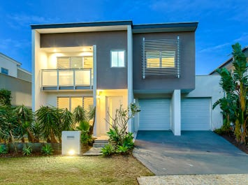 24 Waterline Crescent, Bulimba, Qld 4171