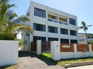 3/111 The Strand, North Ward, Qld 4810