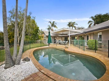 9 Hobson Court, Chapel Hill, Qld 4069