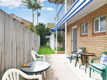 2/35 Atkin Street, Tugun, Qld 4224