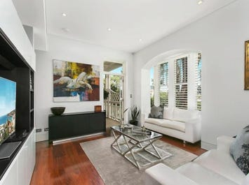 2/17 Lower Wycombe Road, Neutral Bay, NSW 2089