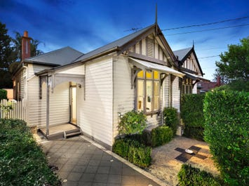 102 St Andrews Street, Brighton, Vic 3186