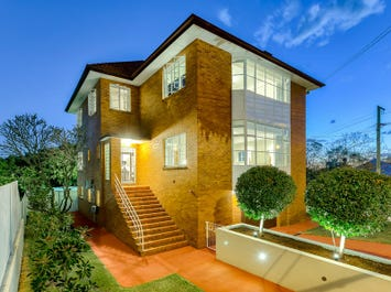81 Dornoch Terrace, Highgate Hill, Qld 4101
