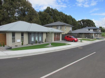1 George Town Road, Newnham, Tas 7248