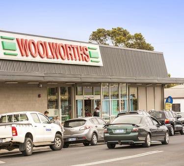 Woolworths Smithton, 142 & 144-148 Nelson Street, Smithton, Tas 7330