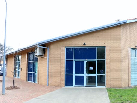 Unit 4, 2 Montford Crescent, Lyneham, ACT 2602