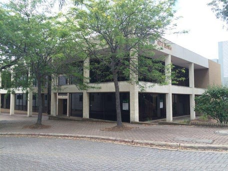 Unit 2, 39 Geils Court, Deakin, ACT 2600