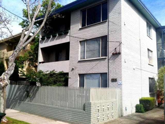 4/493 St Kilda Street, Elwood, Vic 3184