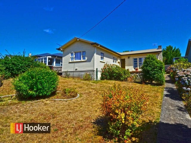24 West Park Grove, Parklands, Tas 7320