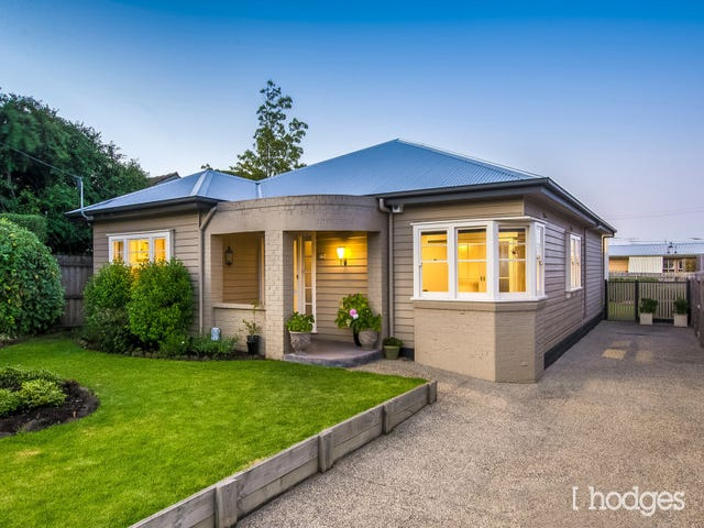 16 Lascelles Avenue, Manifold Heights, Vic 3218
