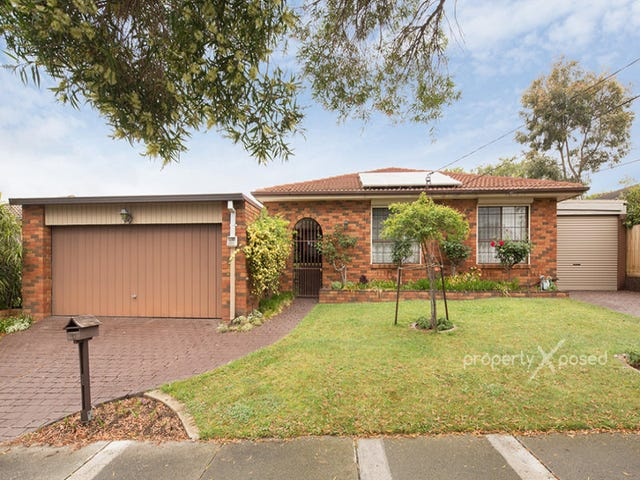 11 Robyn Court, Dandenong North, Vic 3175