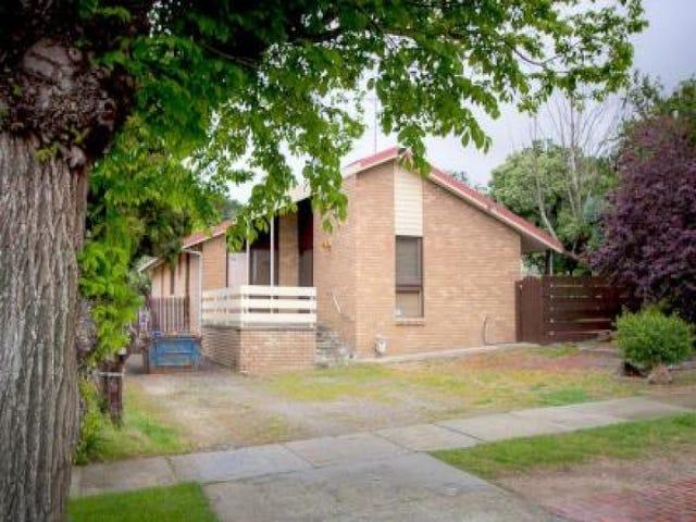 37 Hamilton Street, Gisborne, Vic 3437