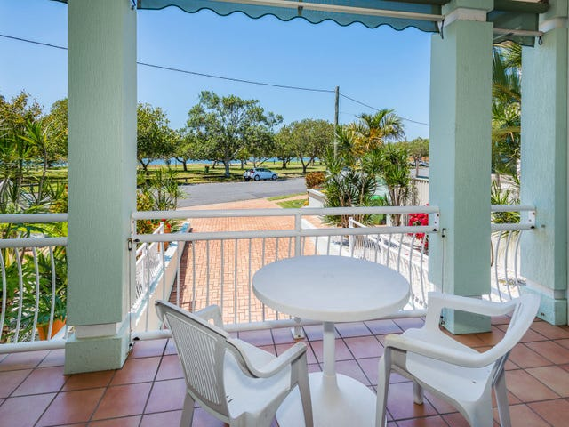 2/16 The Esplanade, Paradise Point, Qld 4216