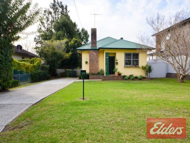 13 Bond Avenue, Toongabbie, NSW 2146