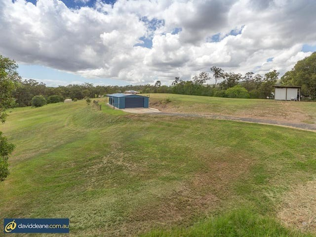 1 Ron Bischof Close, Cashmere, Qld 4500