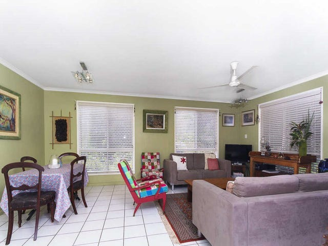 14  Pines Ave, Cooroibah, Qld 4565