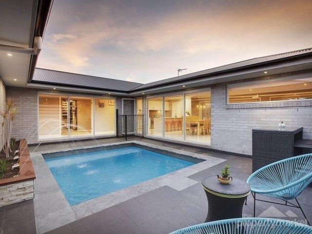 2 Windward Crescent, Gwandalan, NSW 2259