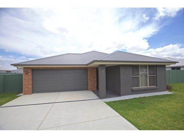 7 Miller Street, Bathurst, NSW 2795