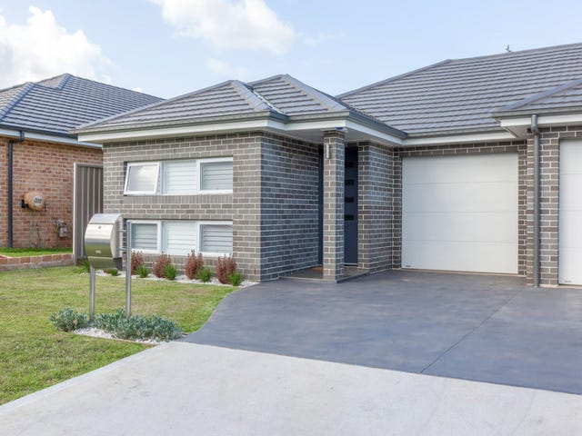 1/8 Beckham Street, Spring Farm, NSW 2570