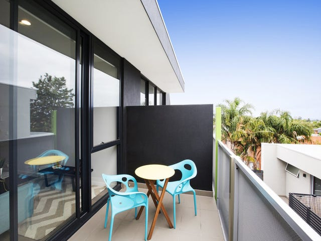 2.10/402 Dandenong Road, Caulfield North, Vic 3161