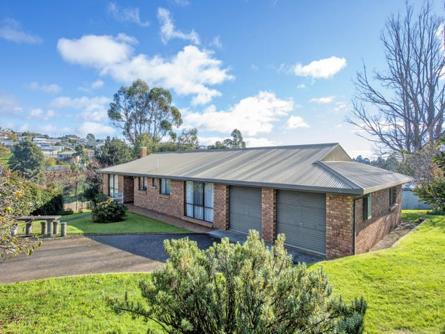 198 Mount Street, Upper Burnie, Tas 7320