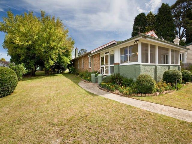 59 Govetts Leap Rd, Blackheath, NSW 2785