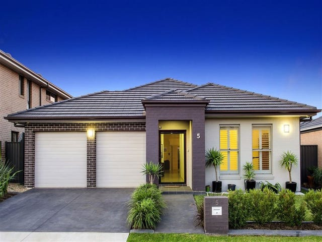 5 Landsborough Street, Jordan Springs, NSW 2747