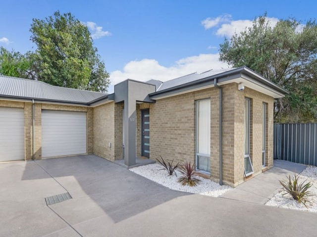 1/2 Norman Street, Findon, SA 5023