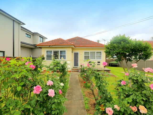 9 Endeavour Road, Georges Hall, NSW 2198