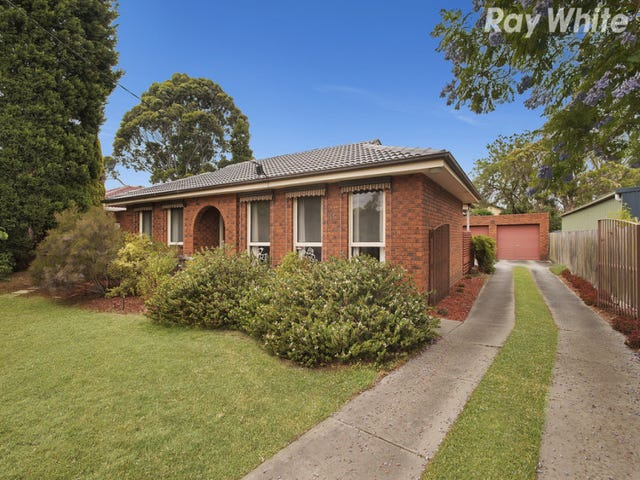 8 Narong Crescent, Knoxfield, Vic 3180