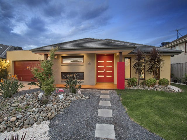 13 Mitta Avenue, Waterways, Vic 3195