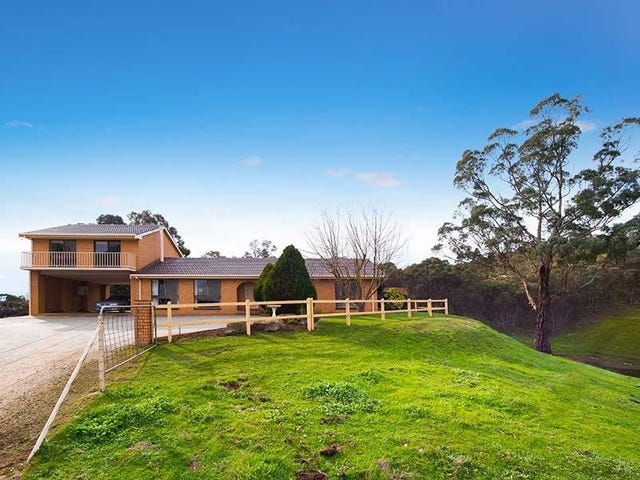 157 Specimen Gully Road, Barkers Creek, Vic 3451