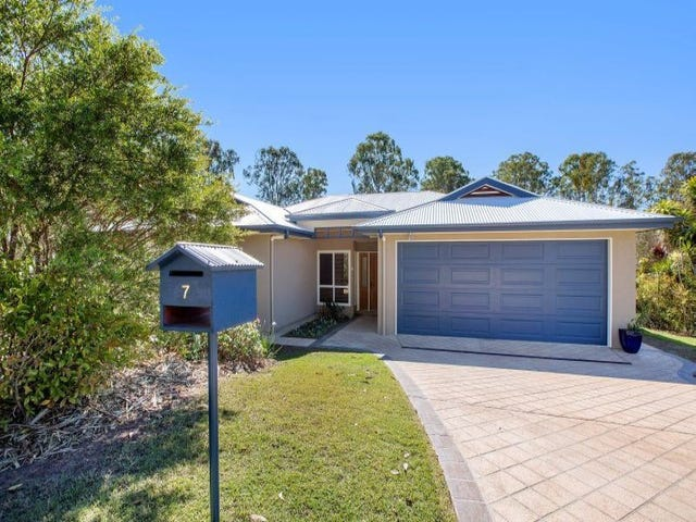 7 Oxford Court, Southside, Qld 4570