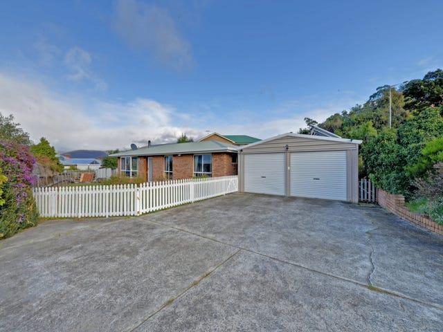 2 Grevillea Avenue, Old Beach, Tas 7017