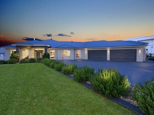45 Twin Creeks Drive, Luddenham, NSW 2745